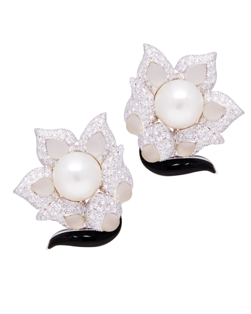 EARRINGS 845